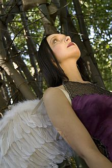 angel-quotes-woman-with-angel-wings