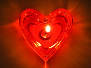 human-energy-field-glowing-red-heart-candle